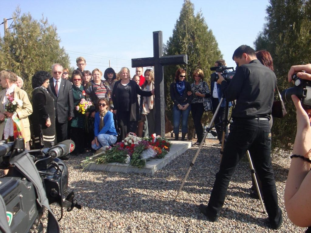 Съемки для турецкого ТВ на польском захоронении.